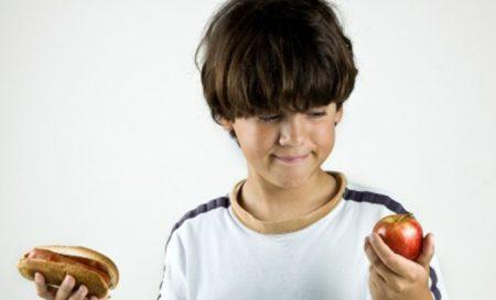 У ребенка повышен аст и холестерин в