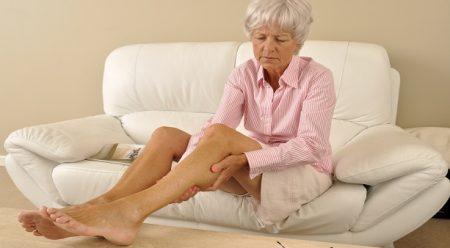 Боль под коленом сзади